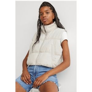 NWT H&M Light Beige Cropped Puffer Vest